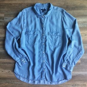 GAP • chambray long sleeved utility top